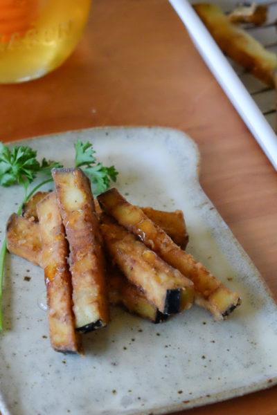 掲載されました♪「スペインの小皿料理タパス — なすのフリッター・はちみつがけ」