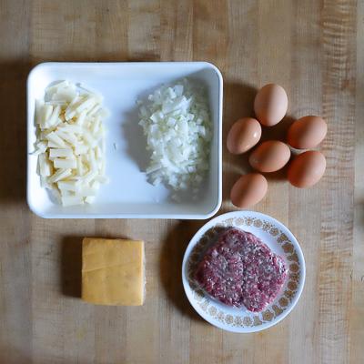 ひき肉とじゃがいものオムレツ・手順1