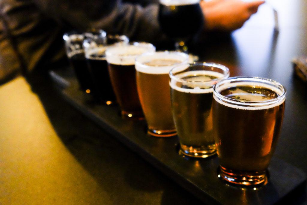 クラフトビールのフライト