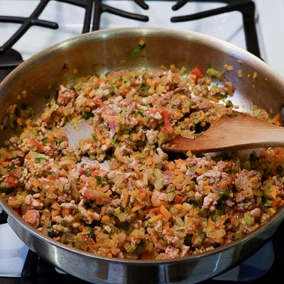 スープカレーの素で作るドライカレー・手順3