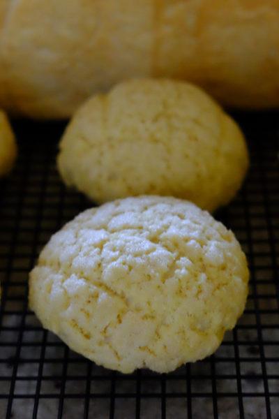 ザクザククッキー生地の、メロンパン