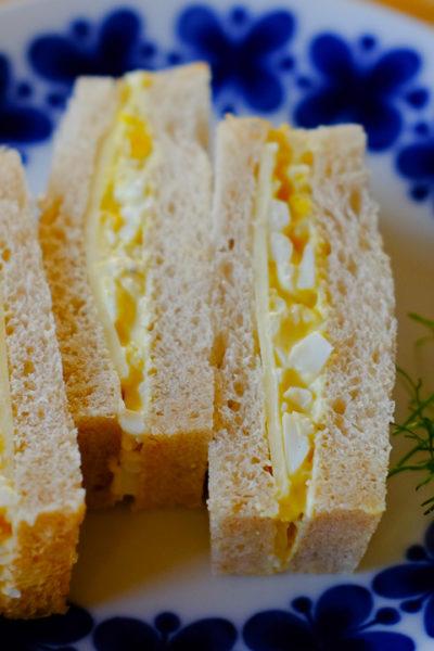 お気に入り★チーズ入りたまごサンド&マリメッコのサービングセット