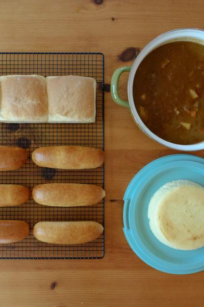 今週の作り置き★ビーフカレー、コッペパン、スフレチーズケーキなど