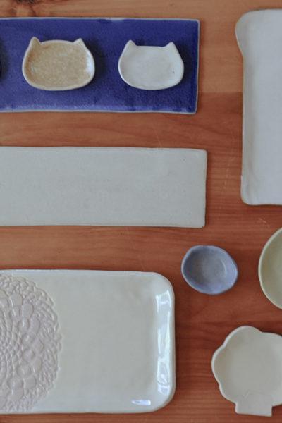 【陶芸】最近作った器たち*猫型のミニ皿、にくきゅう小皿、食パン皿、レース皿、など♪