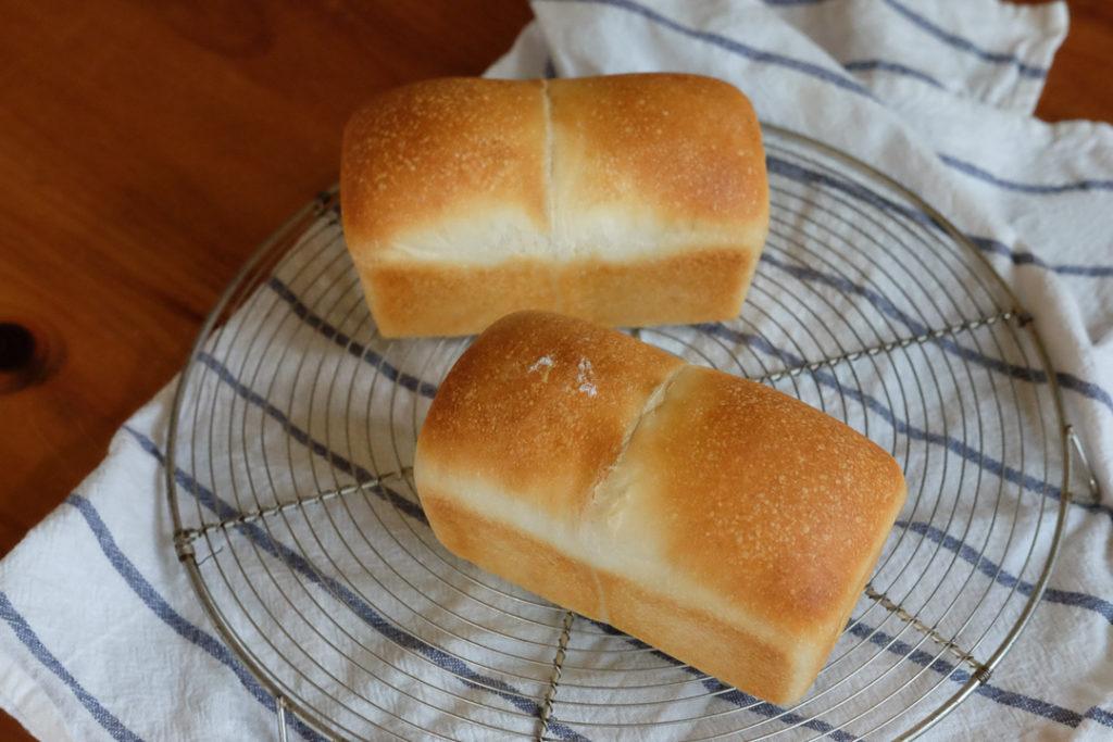 ミニサイズの食パン