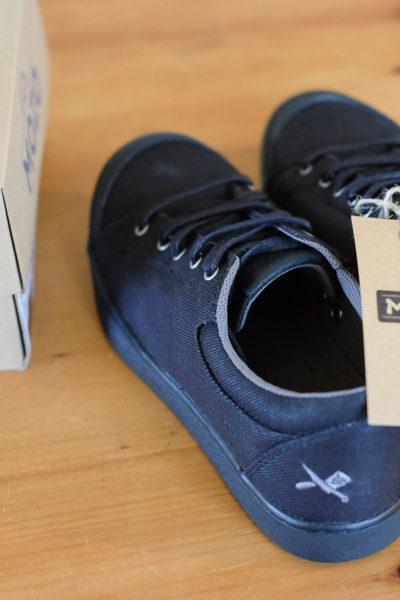 ちょっとかっこいいシェフ用の靴、買った♪