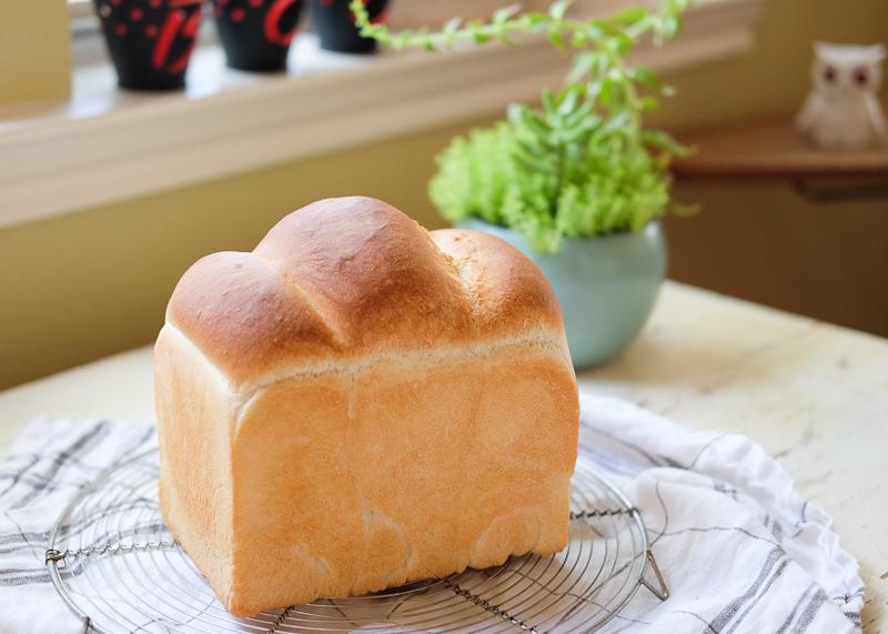 久々のホシノ酵母パン