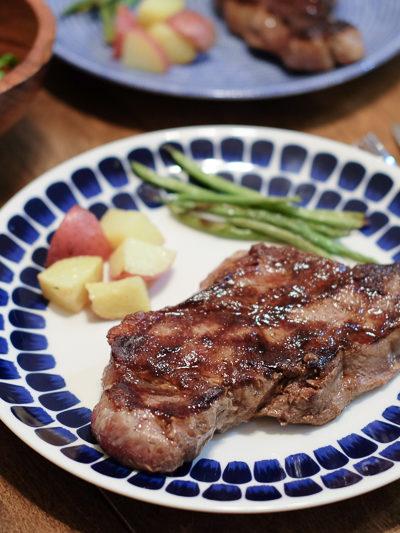 アメリカならでは!のおうちごはん「迫力満点のステーキ」・・ステーキの焼き方のコツあり
