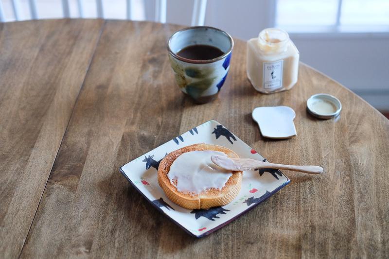 シンプルだけど贅沢な朝ごはん