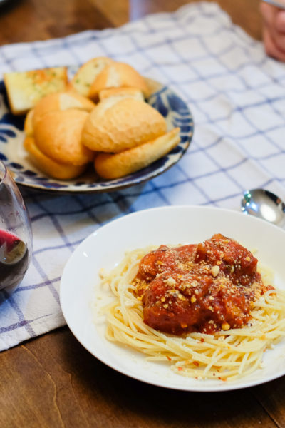 週末のオットごはん*どーん!とスパゲティミートボール。