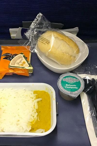 オースティン→ロンドン直行便・ブリティッシュ・エアウェイズの機内食と、乗ってみた感想。それから「フライトを選ぶときに絶対に気を付けるべき、ふたつのこと」