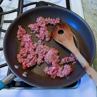 ひき肉とじゃがいものオムレツ・手順2