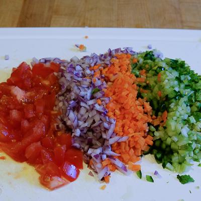 スープカレーの素で作るドライカレー・手順1