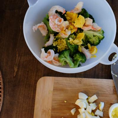 デリ風海老とブロッコリーのタルタルサラダ・手順3