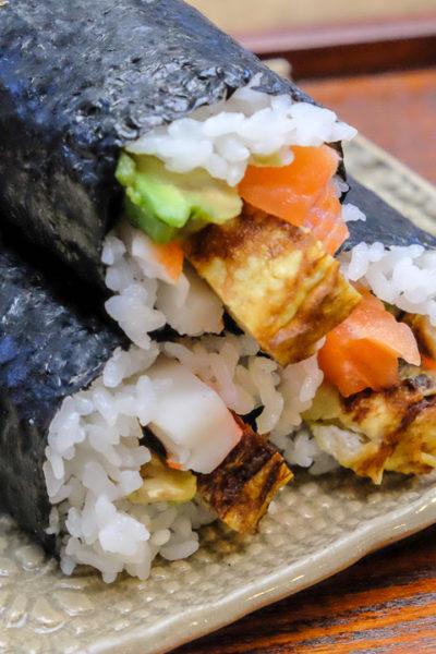 【レシピ】2016年の恵方巻。我が家はいつも食べきりハーフサイズ。