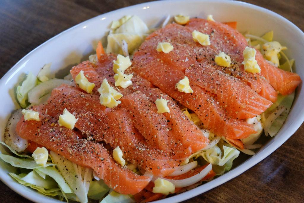 鮭とたっぷり野菜のホイル焼き・手順2
