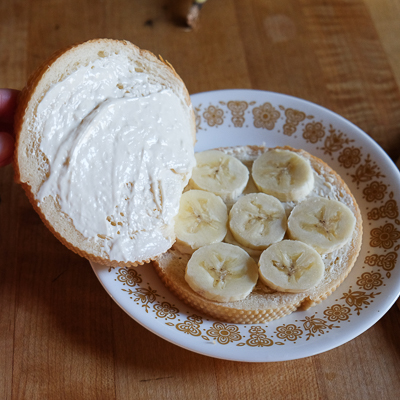 クリームチーズ&バナナスタッフド・フレンチトースト・手順4