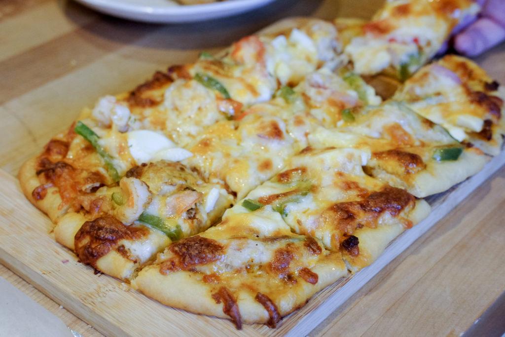 トムヤムクンピザ