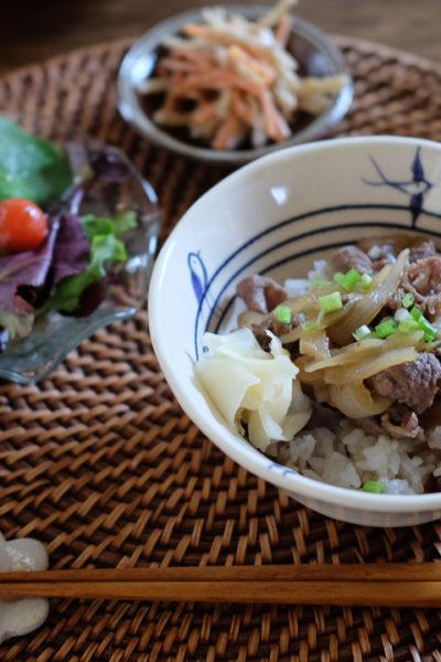 【レシピ】ダシダで牛丼、と家庭用ミートスライサー