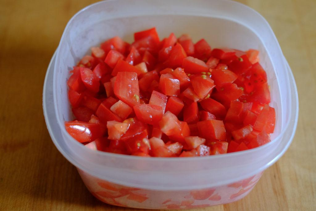 トマト角切り