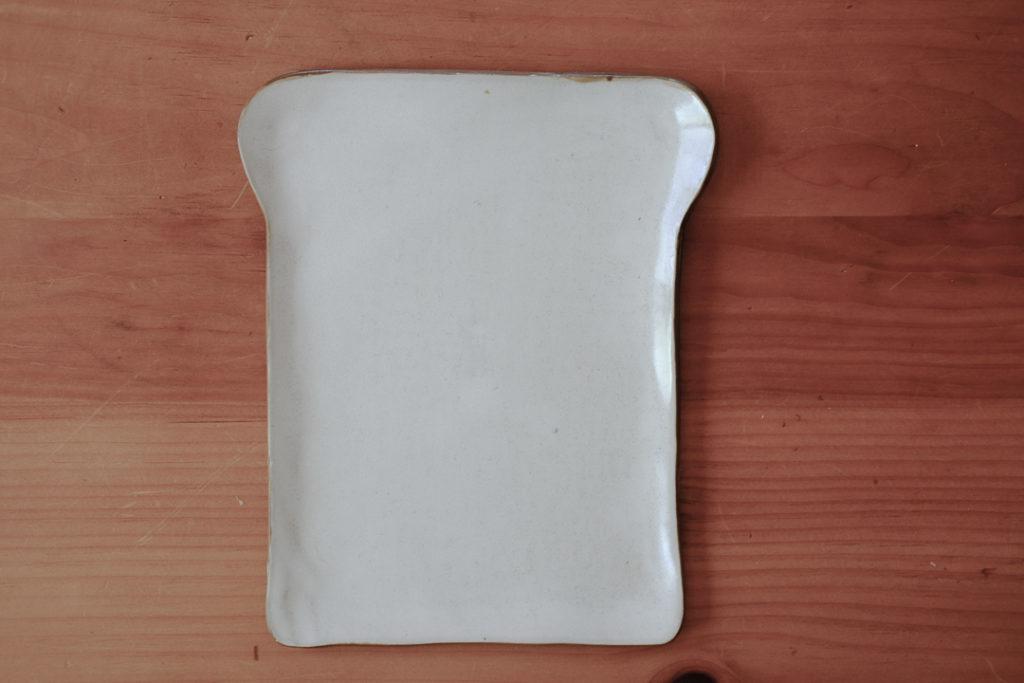 食パン型のお皿