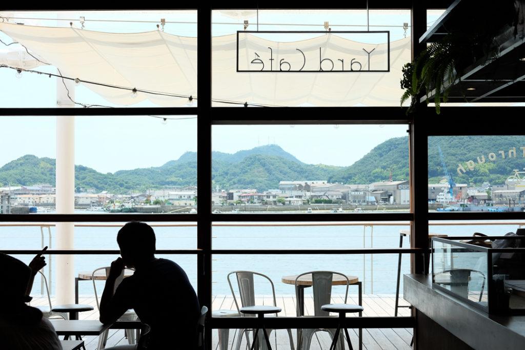 Onomichi U2のカフェから見える景色