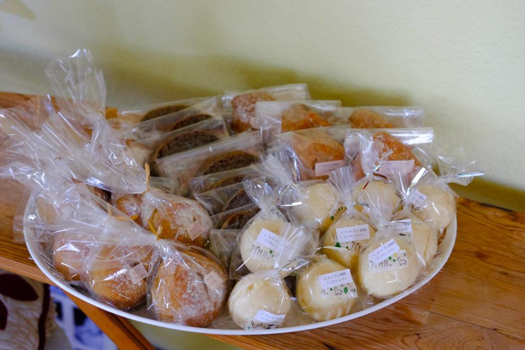 4種類のパンはお土産に