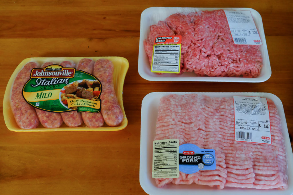 挽肉と生ソーセージ