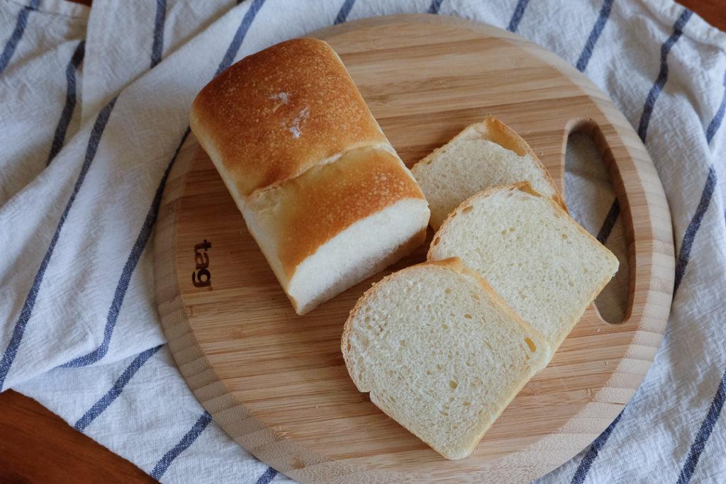 ミニ食パンん