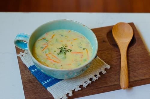 アメリカの定番♪ ブロッコリーとチェダーチーズのスープ