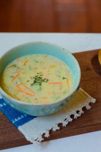 【レシピ】アメリカの定番♪ ブロッコリーとチェダーチーズのスープ