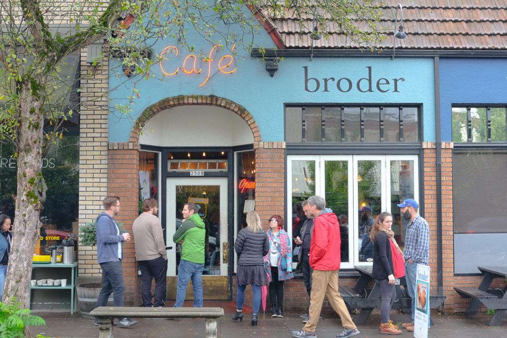 Cafe Broder