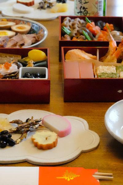 【レシピ】手作りは絶対おいしい♪ 簡単!甘さ控えめ、伊達巻の作り方。