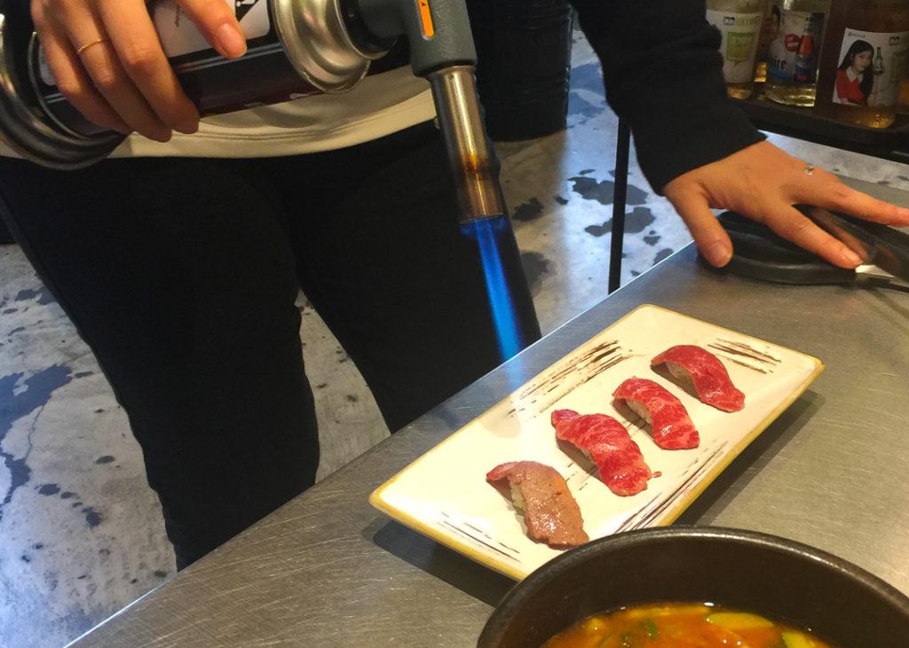 牛肉の握り寿司