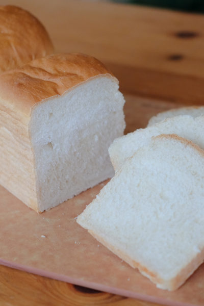 【レシピ】2017年の初焼きは、シンプルな山食パンでした♪