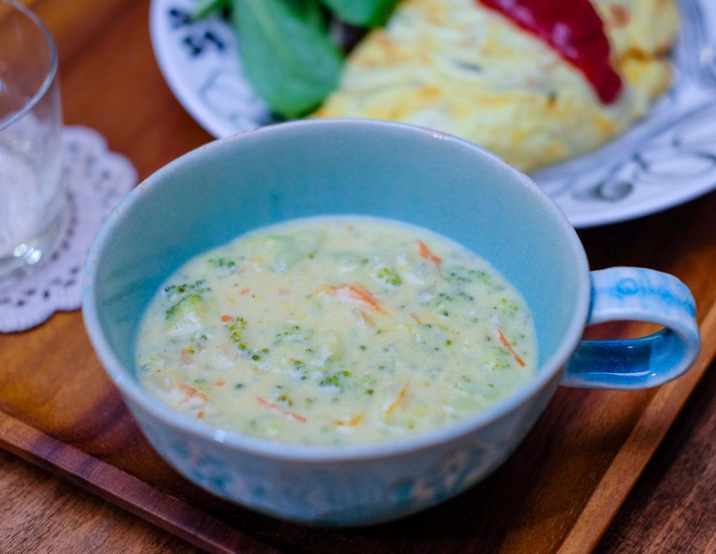 ブロッコリー&チェダーチーズのスープ