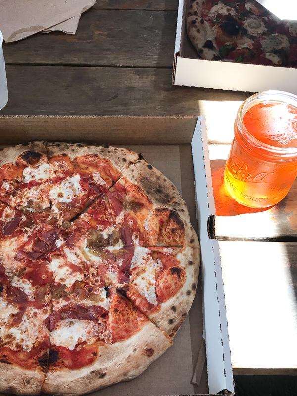 美味しい窯焼きピザ