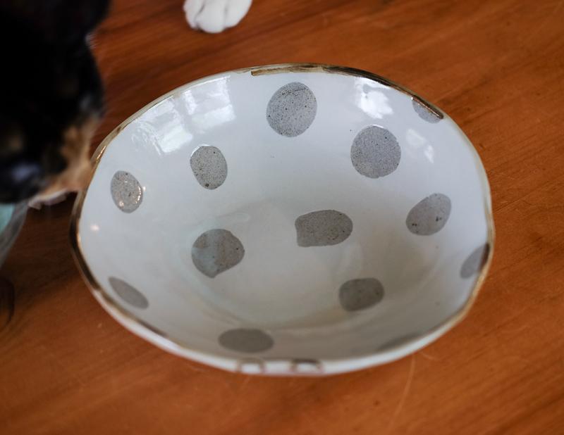 水玉の大鉢