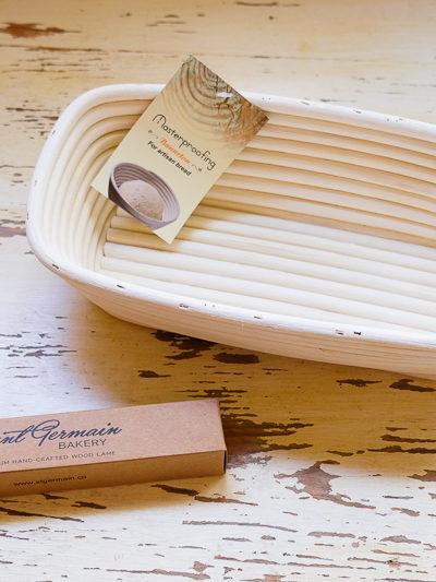 【パン】新しい「発酵かご」と「クープナイフ」