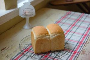 オールパーパスフラワーで焼く食パン