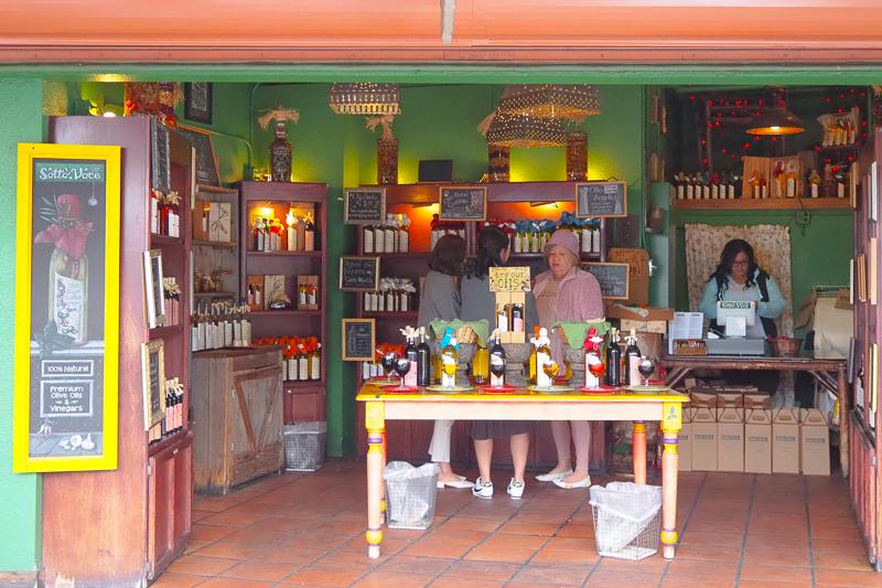 オリーブオイルとビネガーのお店
