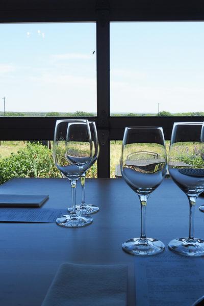 テキサスのワイナリー巡り★たったの20ドルでワインとおつまみのペアリングが楽しめる「Kuhlman Cellars」