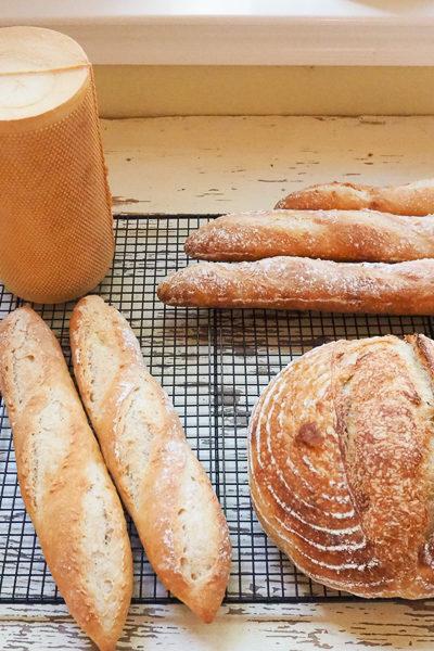パン修行*サワードウブレッド、バゲット、それからメッシュ型のラウンドパン