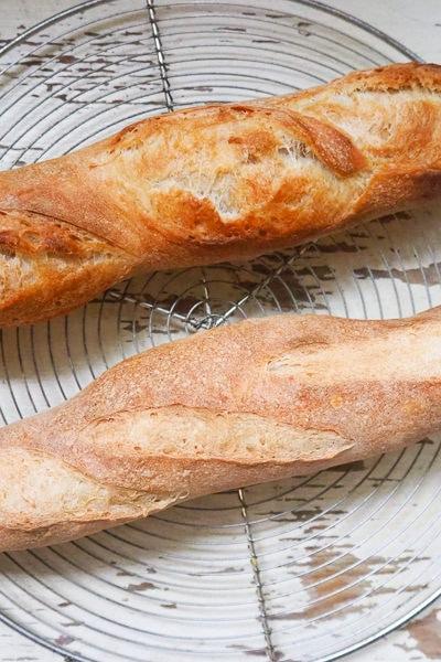 【パン】バゲットを焼くとき、クープに油は必要?焼き比べて検証してみました。
