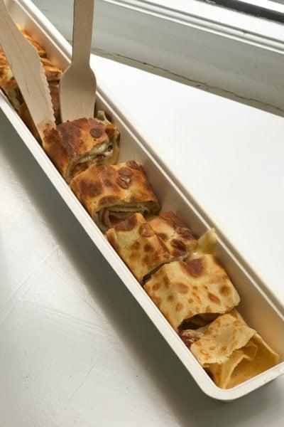 オランダのパンケーキ【パンネクック】をいただく♪