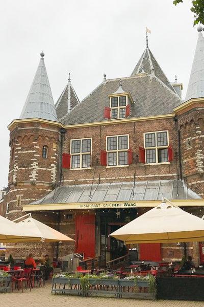 アムステルダム★古い軽量所を改装した、素敵なレストラン『De Waag』。