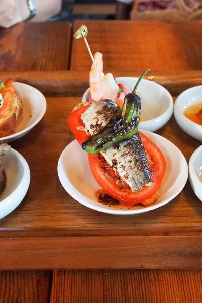 パエリアが絶品♪ タパスレストランで、誕生日のお祝い。