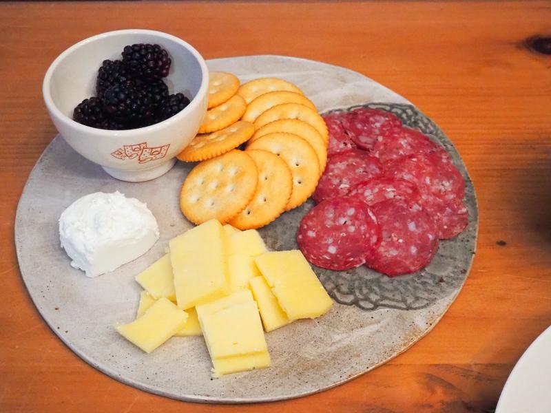 チーズ&サラミ