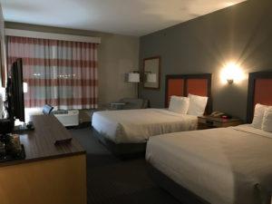 ダラスに出張。快適ホテルに滞在中♪