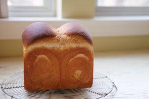 酒粕入り山型食パン